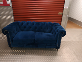 BLUE VELVET CHESTERFIELD SOFA LOCAL DELIVERY AVAILABLE TODAY