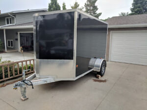 Enclosed 6x10ft Aluminum Trailer - EZ Hauler - 2017