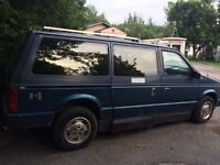 ***NEW PRICE***1990 DODGE CARAVAN WITH WHEELCHAIR RAMP