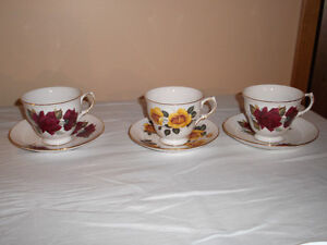 16 Sets Cups & Saucers made in England Bone China Excel Cond
