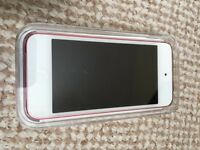 IPod Touch 32gb 5th generation in Pink as new still box' d