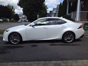 Lexus is 250 awd premium 2015
