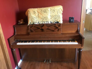 Piano for sell