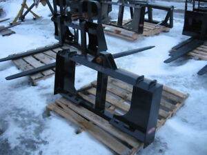 New Quick Attach Bale Spears