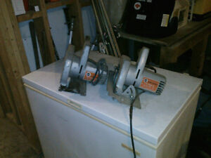 2 skillsaws and 1 jigsaw 4 sale