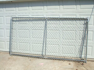 4 foot tall chain link fence driveway gate(s)