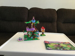 LEGO friends- 3065- Olivia's treehouse- excellent condition