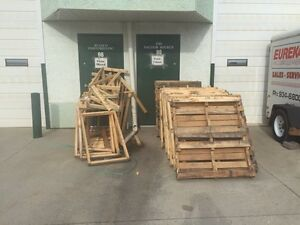 FREE PALLETS & WOOD