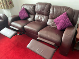 Burgundy leather 2 & 3 seater both recliner and 2 seater non recliner