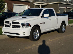 BETTER THAN NEW!!  2016 Ram 1500 Sport Pickup Quad Cab!