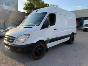 """2012 Mercedes Sprinter 3500 High Roof 144"""" Low kms Accident Free"""