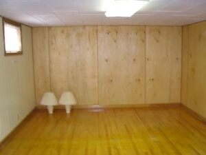 Bachelor Suite Available Immediately Highland Park