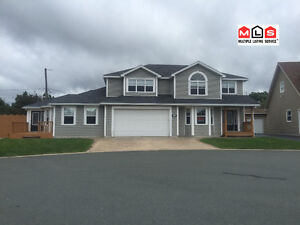 For Lease, 4 Bedroom home with 1 Bedroom In law apartment