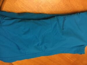 Snowpants size small