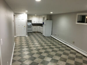 BASEMENT APARTMENT **CLOSE TO MALL AND UPEI