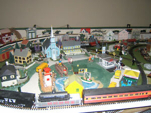 TRAIN SET LAYOUT 4FT X 8 FT