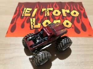 HOT WHEELS MONSTER JAM - El Toro Loco with Flag - LIKE NEW