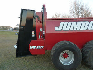 Manure Spreaders - Jumbo Performance & Quality!