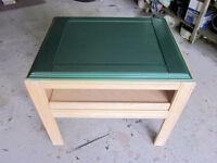 Oak End Table ~~ TV Table