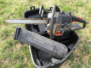 """Craftsman 18"""" Gas Operated Chain Saw w\case"""