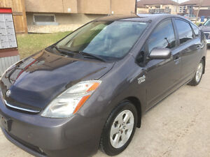 2009 Toyota Prius Touring new safety ,leather,camera smart key