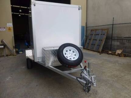 Fully Enclosed Box 8x5 Trailer