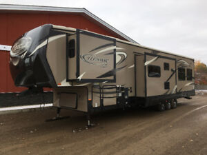 Heartland Torque 380SS 43ft Toy Hauler