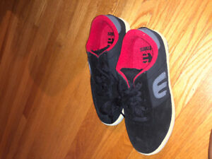 Kids Enties shoes - size 5