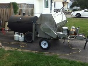 Professional pig roast equipment for rent London Ontario image 1