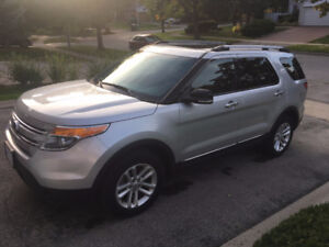 2014 Ford Explorer XLT SUV...VERY LOW KM'S