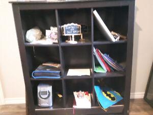 Wall shelf organizer.