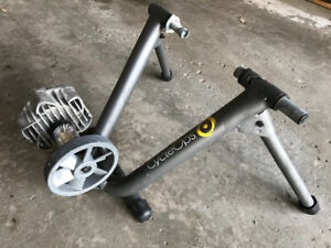 CYCLEOPS FLUID TRAINERS