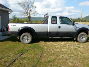 2004 Ford F-250 discutable
