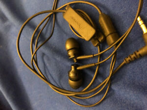 Pioneer Studio Quality Ear Buds