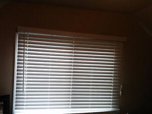 2 White horizontal faux wood blinds Windsor Region Ontario image 2