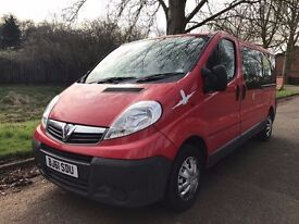 TAXI LICENSED VAUXHALL VIVARO 2900 COMBI 9 SEATER READY FOR WORK STRAIGHT AWAY, NO VAT