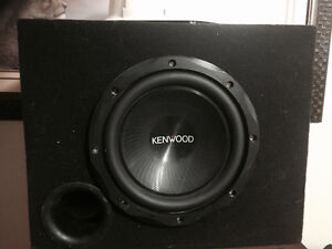 Brand new kenwood sub includes ported box