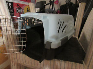 2 diffrent dog carriers