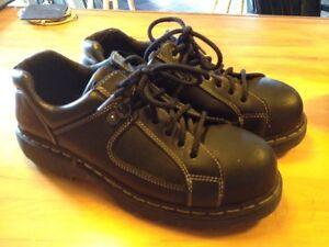 Steel toe Dr Martens Kingston Kingston Area image 3
