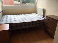 Single room with double bed and TV £120 pw (bills inc)