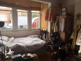 Beautiful spacious doubleroom, Brixton Hill, £720pcm. Available now!