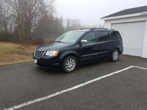 2010 Town and Country