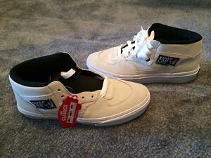 Vans Half Cab Shoes - Men's 6.5(/Womens 8) - White suede