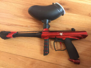 Paintball gun and helmet for sale!!! GREAT condition!!!!
