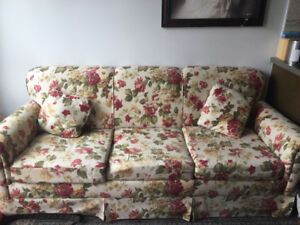 Queen sofa bed in good condition