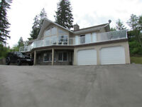 Salmon Arm - Blind Bay - Lovely Lakeview Home