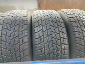255 55 19 Toyo Open Contry G02 hiver
