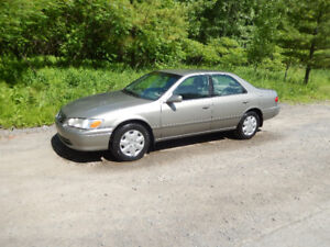 Camry LE 2000