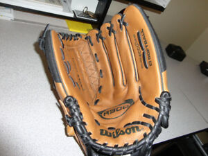 New Wilson A900 Softball Glove For Sale