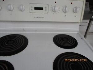 FRIGIDARE  ELECTRIC STOVE VERY CLEAN